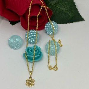 18K Real Gold Flower Necklace